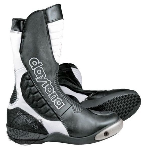 Daytona csizmák - Goretex-es csizmák - Strive GTX - fekete-fehér